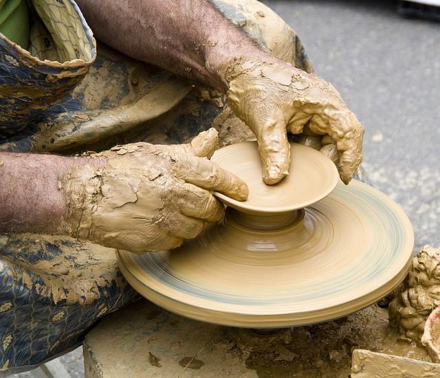 muž a keramika.jpg