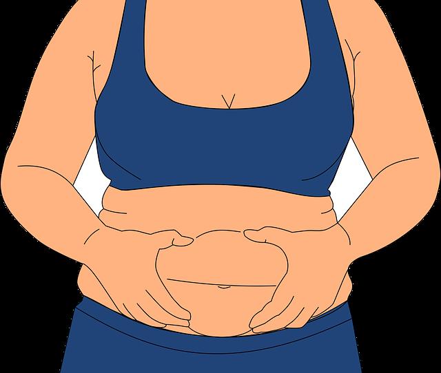 žena v modrém s tukovým polštářem na břiše